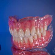 دست دندان مصنوعی