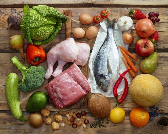 5 گروه غذایی و ویتامین آنها
